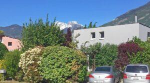 À vendre villa contemporaine avec jardin à Charrat Valais
